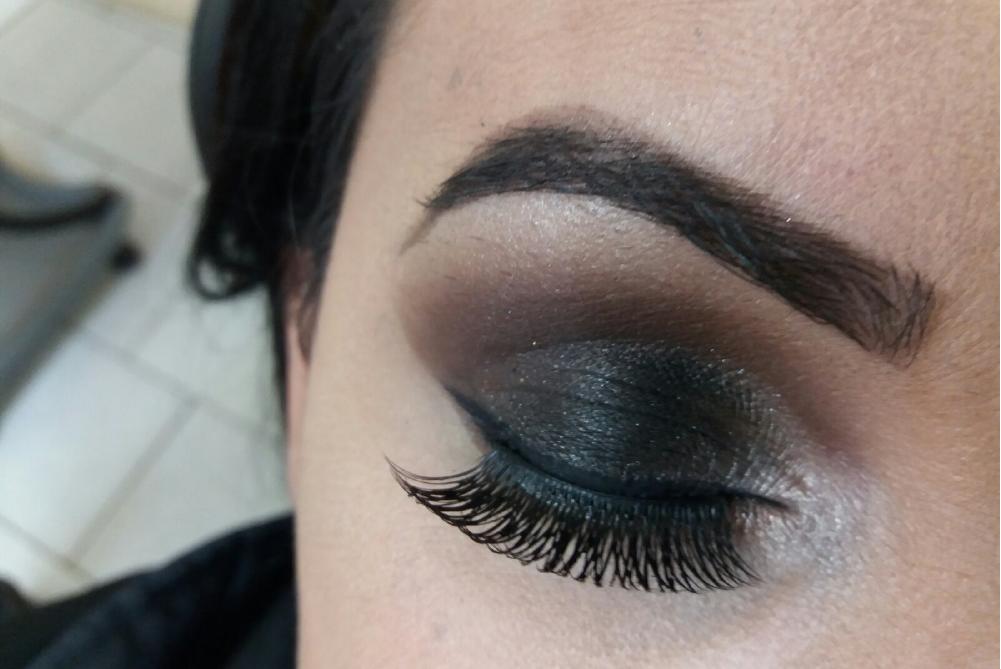 Maquiagem realizada por Cleide Florão